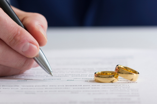 Is it Better to File For Divorce First?